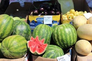 Свежие овощи и арбузы по демпинговым ценам появились на ярмарке в Уссурийске
