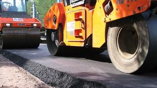 Дорожное покрытие на сельских улицах УГО обновили впервые за три года