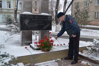 Автопробег организованный ветеранами МВД прошел в Уссурийске в день сотрудника ОВД