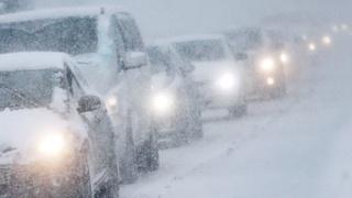 На трассе Уссурийск-Владивосток работает 34 единицы снегоуборочной техники