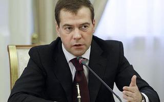 Жительница Пуциловки задала вопрос председателю «Единой России» Дмитрию Медведеву