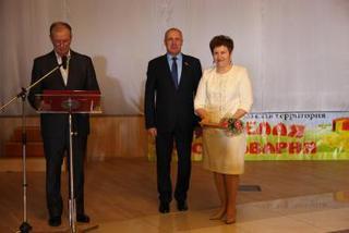 Работников сельского хозяйства и перерабатывающей промышленности торжественно поздравили в Уссурийске