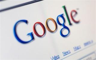 Переводчик Google ополчился против России