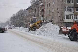 Для расчистки Уссурийска от снега задействованы 42 единицы техники