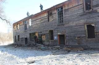 В Уссурийске продолжается снос ветхих домов