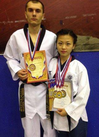 Спортсмены Уссурийска завоевали 21 медаль на чемпионате ДФО по тхэквондо