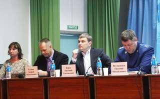 Очередную встречу с населением глава администрации УГО провел в селе Дубовый Ключ