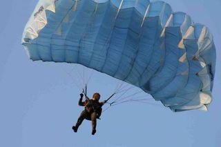 Вертолетчики и десантники в Приморье провели совместные учения