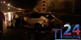 Под Уссурийском машина врезалась в леера