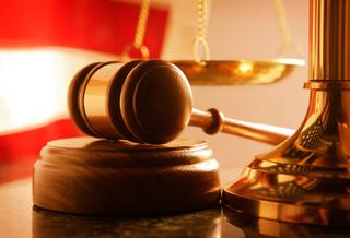В Уссурийске окончено судебное слушание по делу об угрозе убийством государственному обвинителю