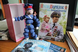 Со ст.Уссурийск полицейские «Дяди Степы» едут  в Хабаровск на дальневосточный  конкурс детских поделок