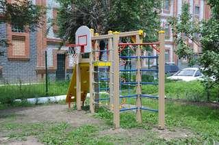 Дворовые территории, отремонтированные в этом году, проинспектировал глава администрации УГО
