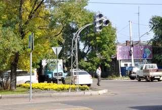 Новый светофор появился на перекрестке улиц Ленина и Октябрьской в Уссурийске
