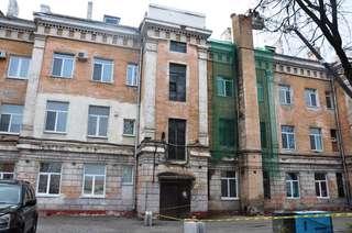 В доме на улице Ленинградской, 52, начался демонтаж дымоходной трубы