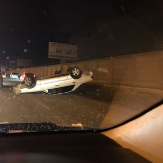 Уссурийский водитель сделал автомобильный кульбит на ночной дороге