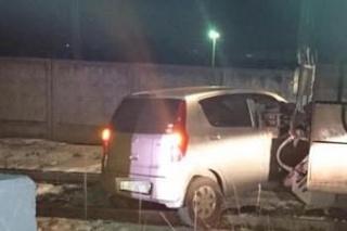 В Уссурийске автомобиль угодил под поезд из-за неисправного светофора