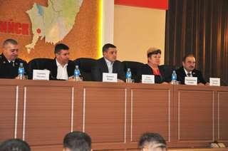 Около 100 человек пришли на первую городскую встречу главы администрации Уссурийска с жителями