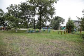 Новую детскую площадку установят во дворе восстановленного дома в Уссурийске