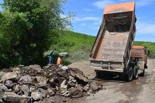 Восстановительные работы начались на временной переправе через реку около села Кроуновка