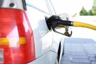В предстоящем году цены на бензин в РФ могут превысить 50 руб.