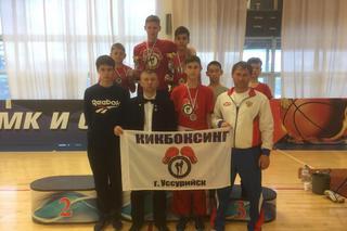 Приморские бойцы привезли награды с всероссийского турнира по кикбоксингу