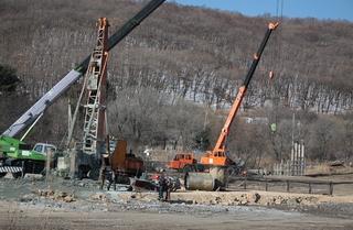 Строительство моста в село Кроуновка идёт по графику