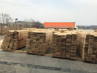Уссурийские транспортные полицейские пресекли контрабанду лесоматериалов на сумму около 50 млн руб