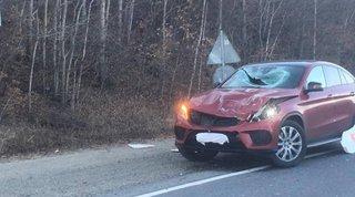 Подростка-пассажира убило куском железа, выпавшего с проезжавшего грузовика