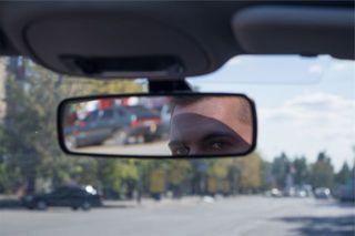 В Уссурийске неизвестные воруют автомобильные зеркала