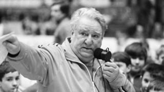 Новую ледовую арену в Уссурийске предлагают назвать именем легендарного тренера Анатолия Тарасова
