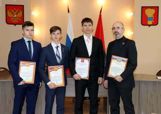 Чествование лучших единоборцев Уссурийска состоялось в администрации округа