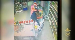 В Уссурийске полицейские вернули владелице украденный кошелек до того, как женщина обнаружила его пропажу