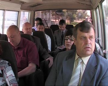 Glava_v_avtobuse