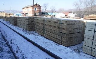 Более 280 кубометров незадекларированных лесо- и пиломатериалов задержали уссурийские таможенники