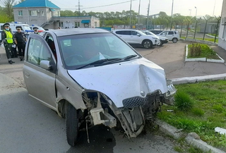 Удружил угонщику: житель Уссурийска оставил машину открытой и с заведенным мотором