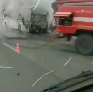В Приморье на федеральной трассе в районе Раздольного загорелся рейсовый автобус