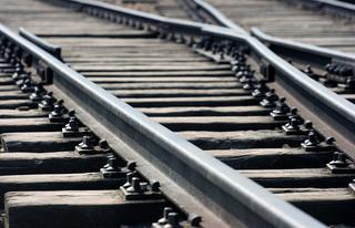 В Уссурийске сотрудники транспортной полиции прервали опасную прогулку подростков по железной дороге
