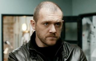 Актер Денис Шведов рассказал, как жена относится к его поклонницам