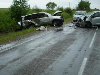 Восьмилетняя девочка и женщина погибли в масштабной аварии под Уссурийском