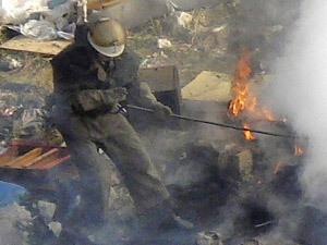 В выгоревшей квартире погиб 50-летний мужчина