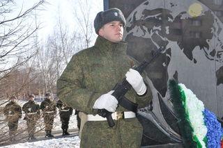 В Уссурийске прошёл митинг у памятника воинам-интернационалистам