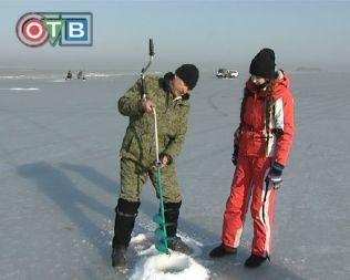 Приз за виртуозное владение льдобуром уехал в Уссурийск