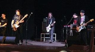 В Уссурийске дала концерт легендарная группа «Цветы»