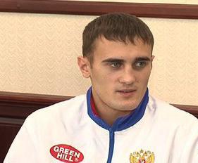 Александр Захаров стал серебряным призёром на соревнованиях по кикбоксингу