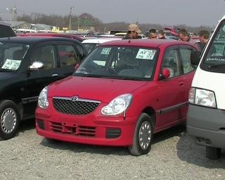 Рынок японских автомобилей лихорадит: банки не дают кредиты, доллар дорожает