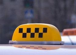 Труп водителя такси обнаружен в брошенной на обочине машине