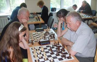 Сергей Калоша из Уссурийска одержал победу в соревнованиях по шахматам