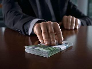 Полицейского начальника отдела по борьбе с коррупцией пытались