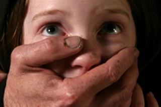 Педофил изнасиловал семилетнюю девочку на берегу Солдатского озера