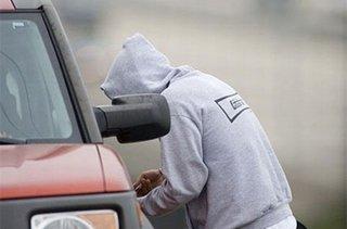 В Уссурийске сотрудники ГИБДД задержали автоугонщика